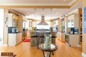 How Much Does Cabinet Refinishing Cost?