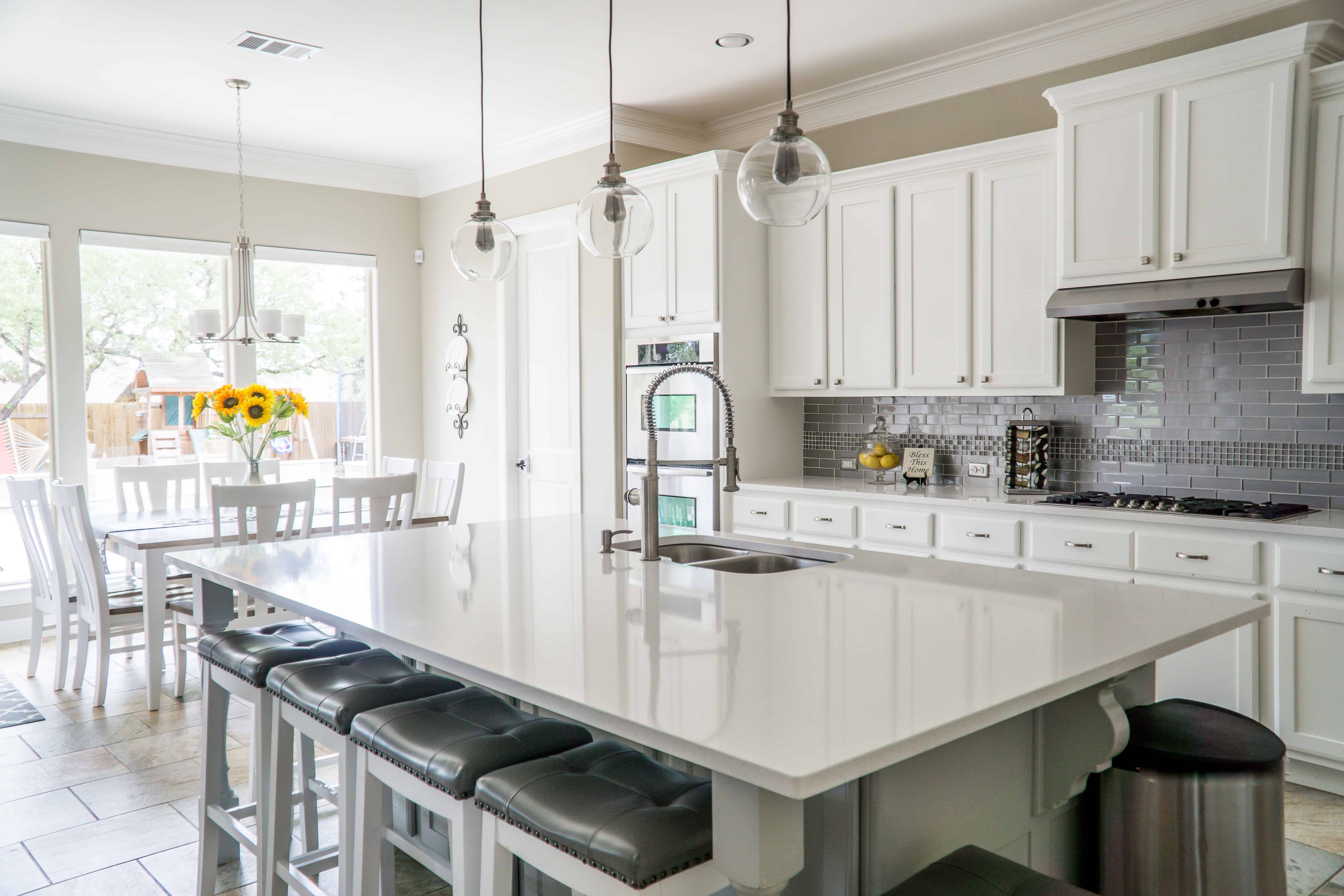 Should You Refinish Or Replace Your Kitchen Cabinets?